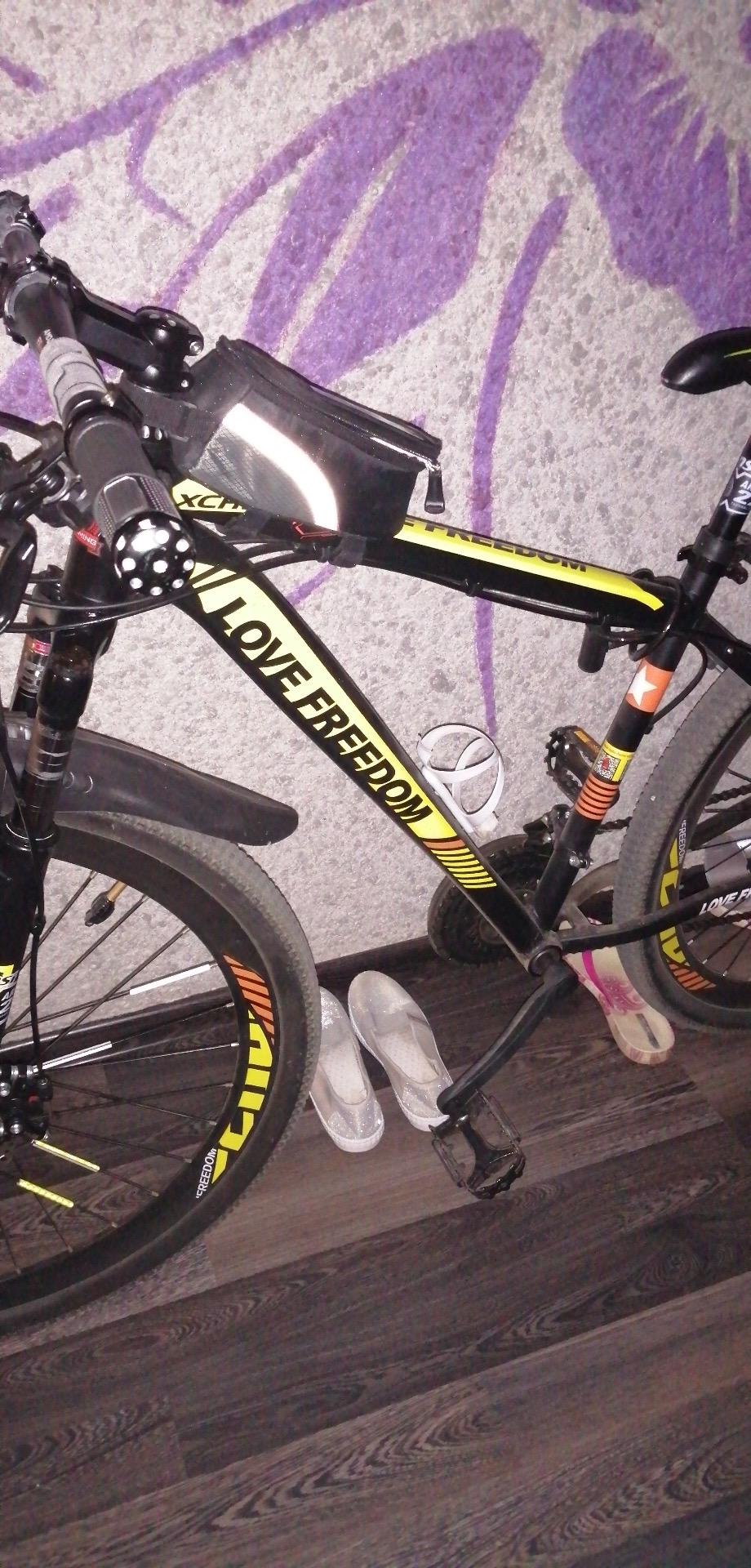 Обои велосипед, Дверь, сапоги. Разное foto 13