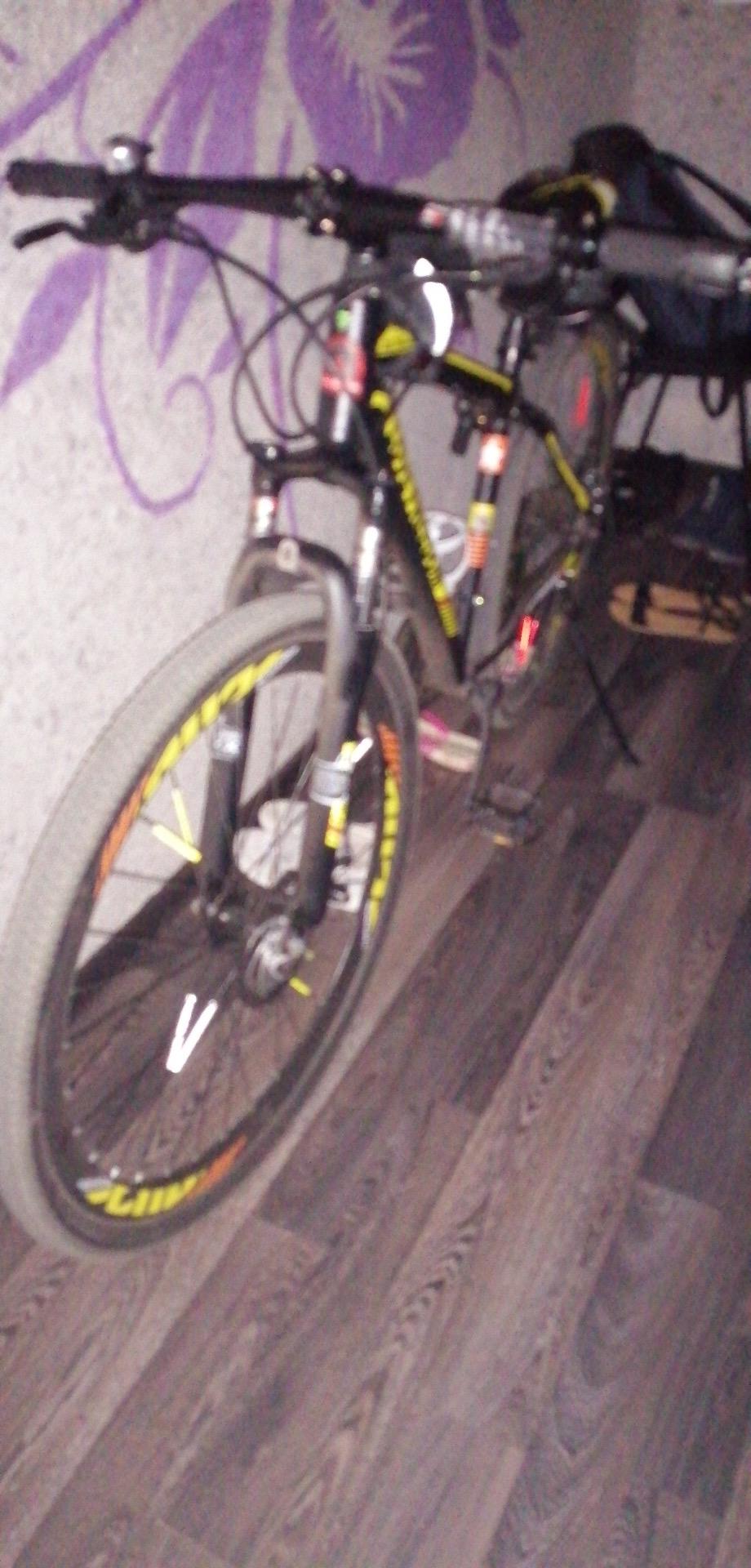 Обои велосипед, Дверь, сапоги. Разное foto 15