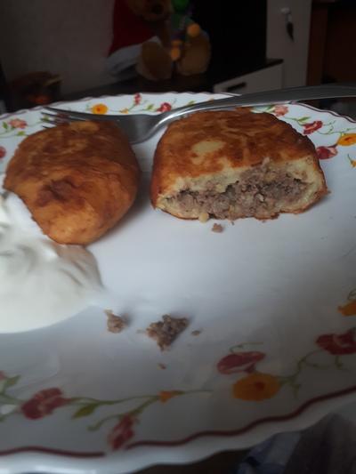 Жареные пирожки с картофельной начинкой - рецепт пошаговый с фото