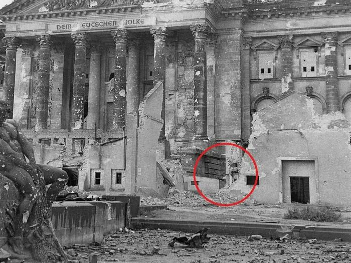 Последний француз Моё, Берлин, Рейхстаг, Танки, 1945, Фотография, Вторая мировая война, Великая Отечественная война, Длиннопост