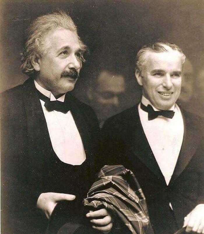 Альберт Эйнштейн и Чарли Чаплин Чарли чаплин, Альберт Эйнштейн, Восхищение