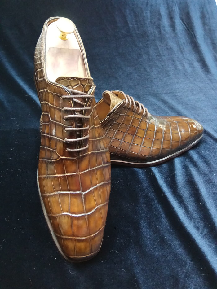 Обувь ручной работы. Привет ребят,  я вижу тут некоторые люди пытаются сами сделать обувь,  будет ли вам интересно как ее делаем мы? Обувь, Женская обувь, Мужская обувь, Ручная работа, Дорого, Длиннопост