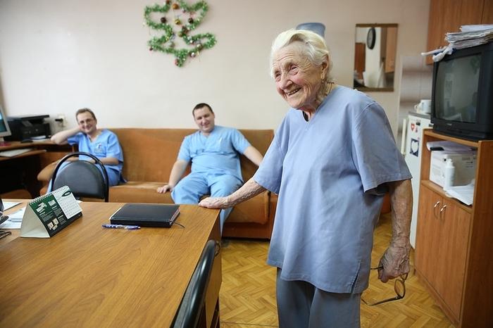 Алле Ильиничне Лёвушкиной в мае исполнится 91 год. железные люди, пример, не мое, длиннопост, врачи, хирург