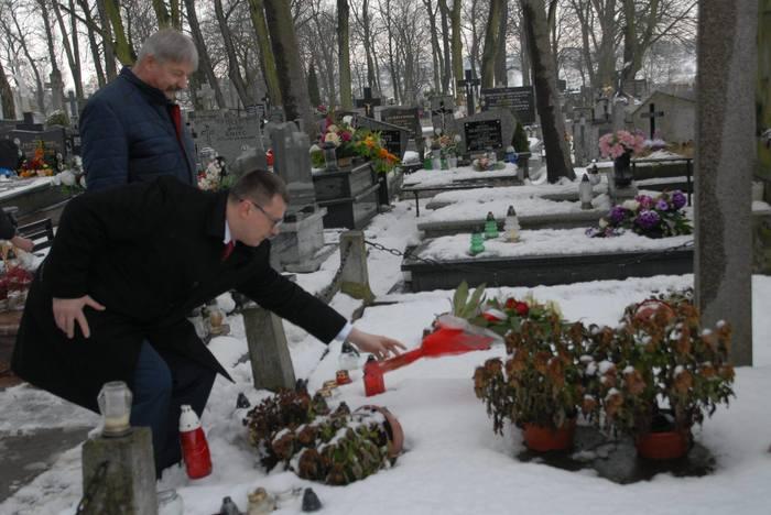 Власти польского Влоцлавека почтили память советских воинов-освободителей Чтобы помнили, Польша, Россия, Великая Отечественная война, Подвиг, Освобождение, Длиннопост, Политика