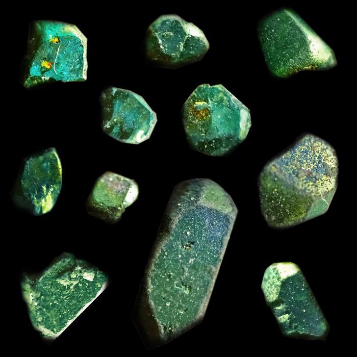 Кристаллы зелёнки под микроскопом Химия, Лига химиков, Кристаллы, Зеленка, Микроскоп, Гифка