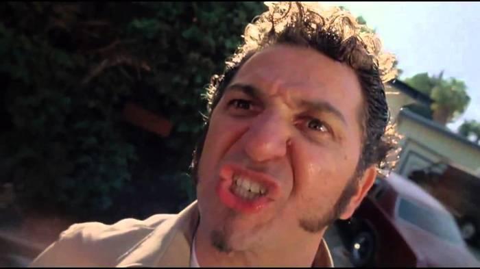 Пацан перепутал и дал в рот другу свой хуй видео