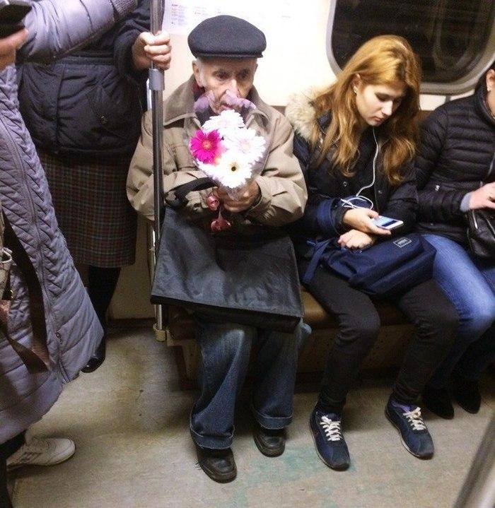 Петербургское метро. Очень мило!