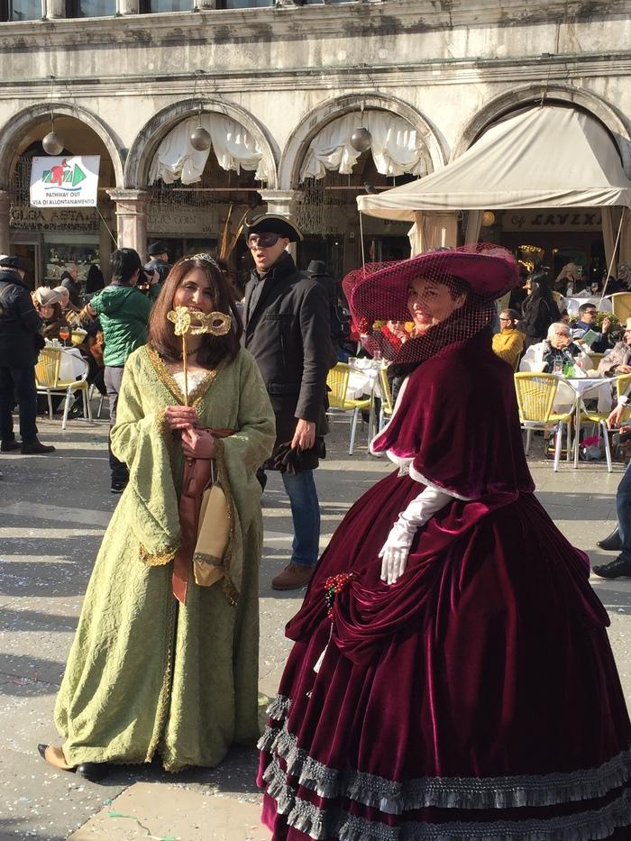 Закрытие веницианского фестиваля 2018. Италия, Венеция, Веницианский карнавал, Костюм, Карнавал, Длиннопост