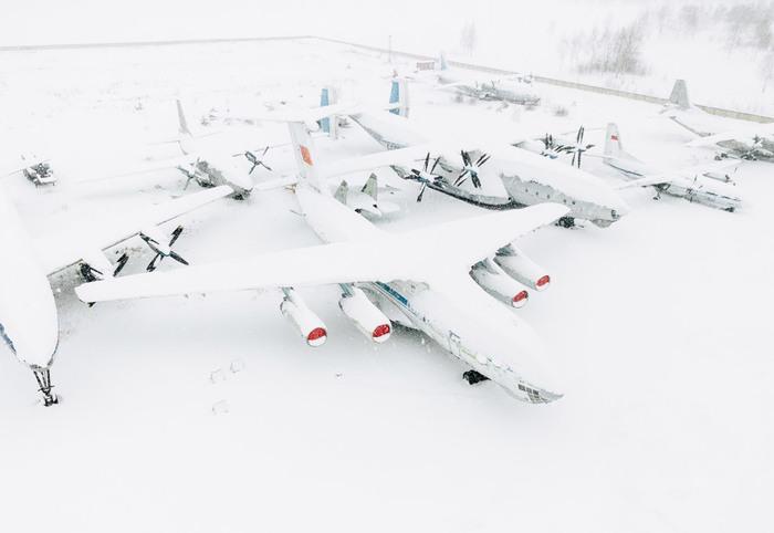 Самолеты из музея авиации в Монино. Спящие в снегу. Музей, Авиация, Техника, Россия, Монино, Длиннопост