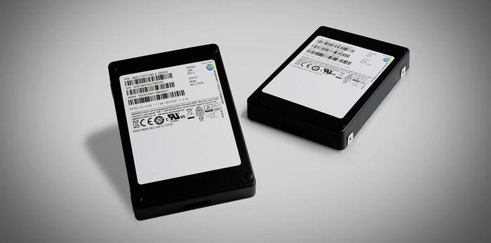 Samsung выпустила твердотельный накопитель с емкостью 30,72 ТБ Samsung, Память, Технологии, Компьютер, SSD