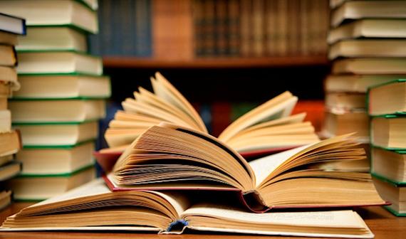 Расскажите о трёх своих самых любимых книгах. Почему вы их выбрали?