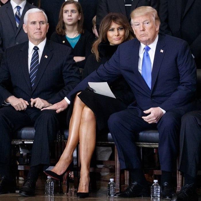 Когда у Пенса такая же коленка как у твоей жены