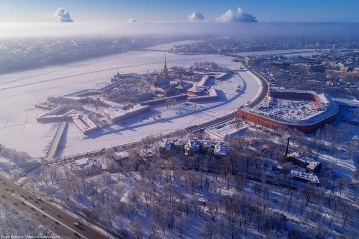 На самой границе облаков! Санкт-Петербург, Петропавловская крепость, Игорь Пушной, Квадрокоптер, Фотография, Нева