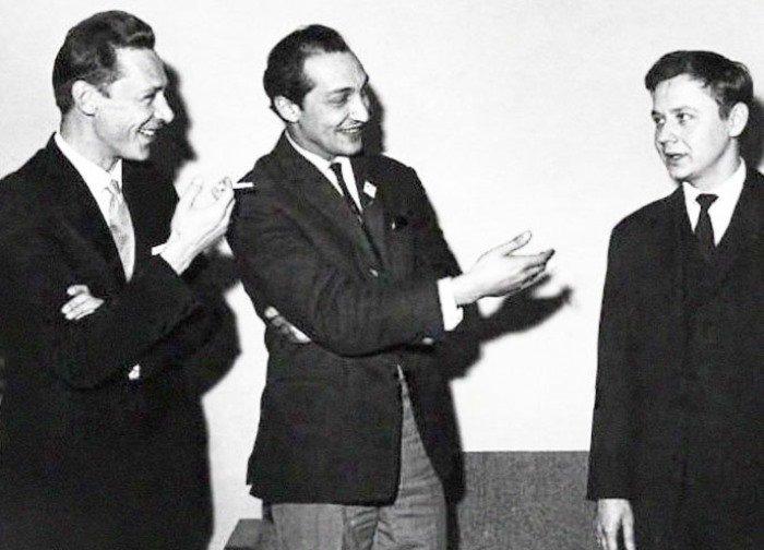 Молодые актеры Олег Ефремов, Михаил Козаков и Олег Табаков, СССР, 1960-е. В живых уже нет никого.