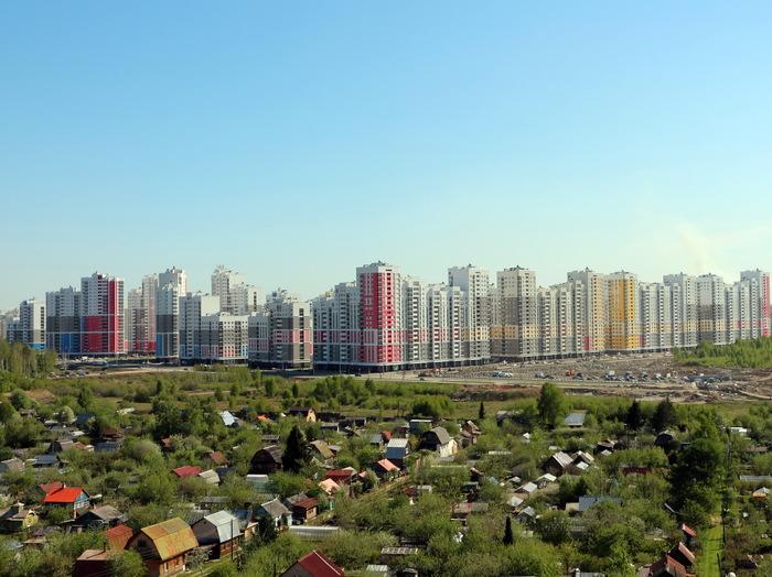 Город наступает Фотография, Город, Многоэтажка, Сады