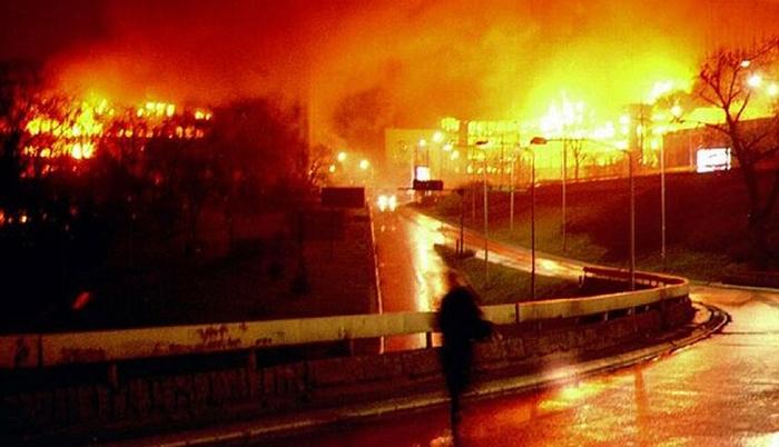 24 марта 1999 года начались бомбардировки Союзной Республики Югославия силами НАТО. Югославия, Сербия, НАТО, война, ООН, политика, Россия, длиннопост