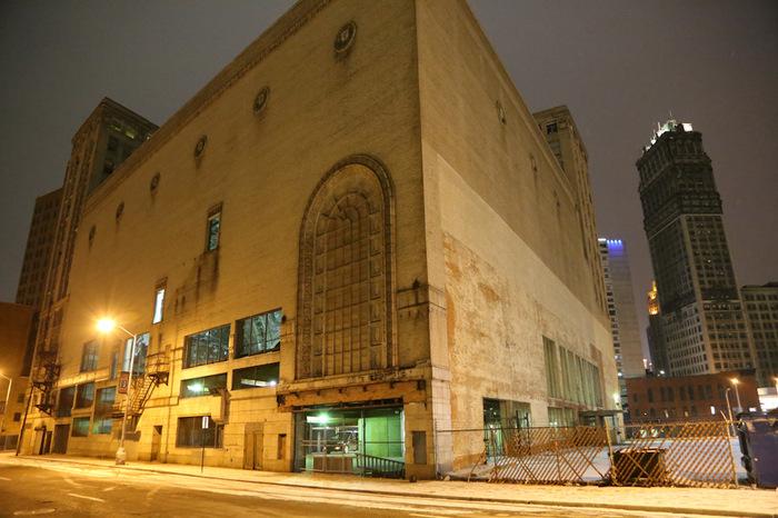 Детройт, трансформация театра в парковку. Начало! Detroit Motor Show, Детройт, Город-Призрак, Drive2, Презентация, Теат, Парковка, Трансформация, Длиннопост