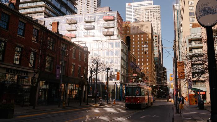 Торонто на рассвете Торонто, Канада, Рассвет, Фотография, Трамвай
