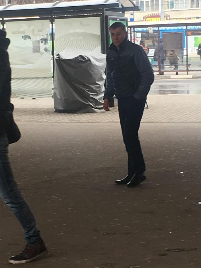 Попрошайки у метро Ховрино, Речной вокзал, Москва, Попрошайки, Метро, Фотография