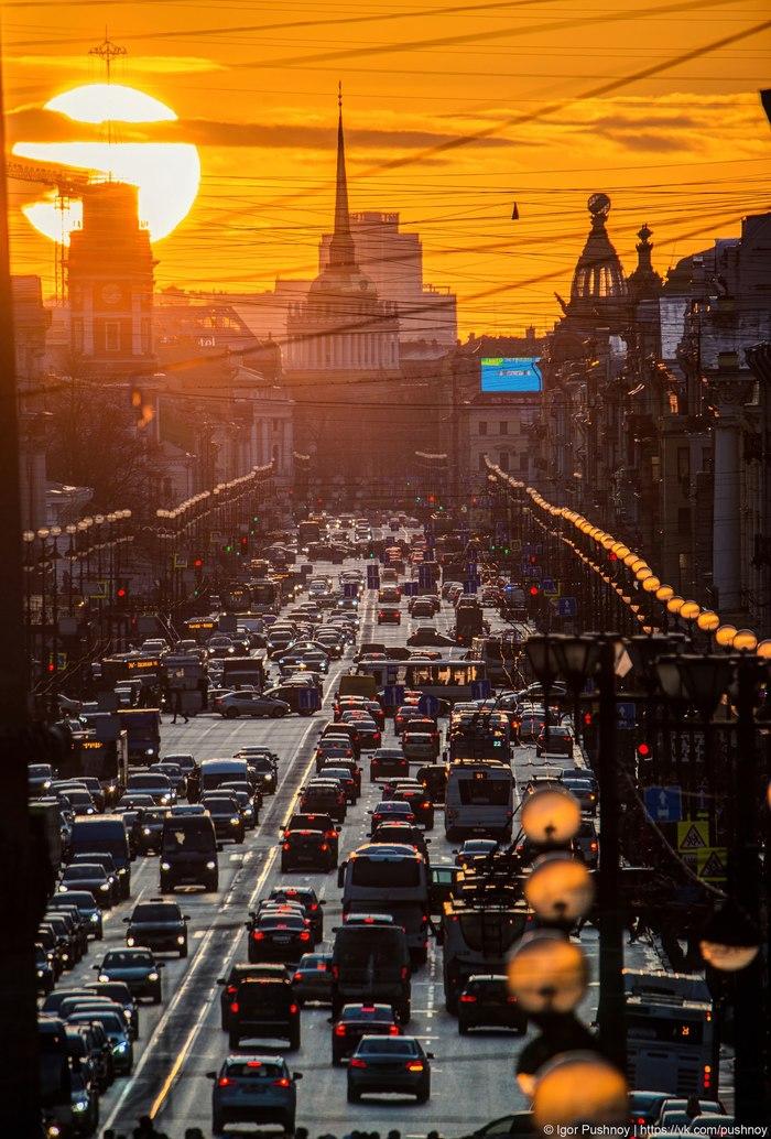 Необычное явление в небе Петербурга! Санкт-Петербург, Невский проспект, Адмиралтейство, Игорь Пушной, Фотография