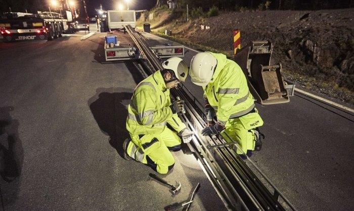 В Швеции открылась первая в мире электрифицированная дорога для зарядки транспортных средств Швеция, Электромобиль, Зарядка автомобиля, Длиннопост