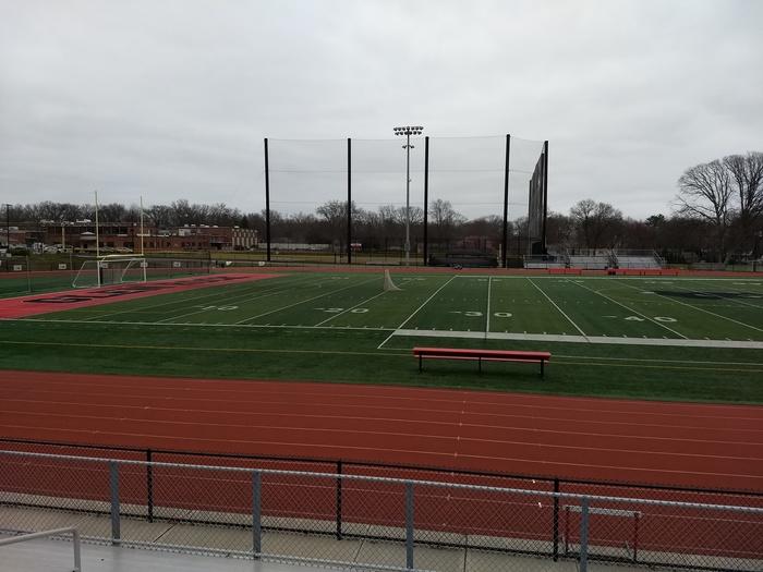 Школьный стадион в городке Школа, США, Физкультура, Длиннопост