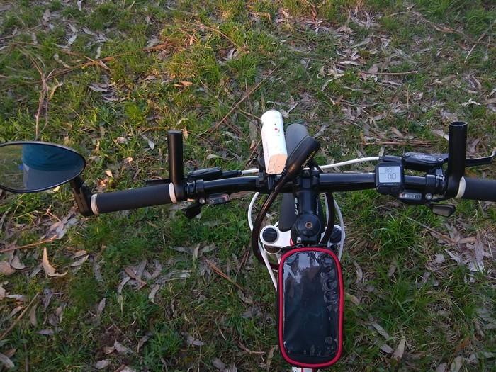 Куда-нибудь на велосипеде. Что в сумочке моей.