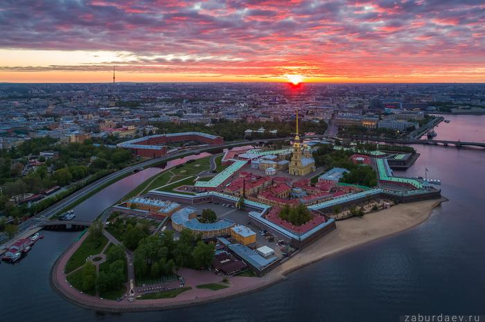 Петропавловская крепость . Санкт-Петербург, Лето, Петропавловская крепость