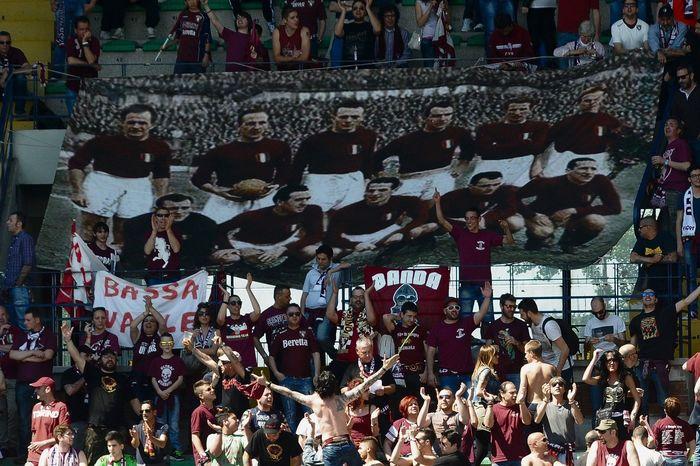 69 лет назад за секунды нестало одной из самых ярких футбольных команд Футбол, Турин, Италия, Видео, Длиннопост