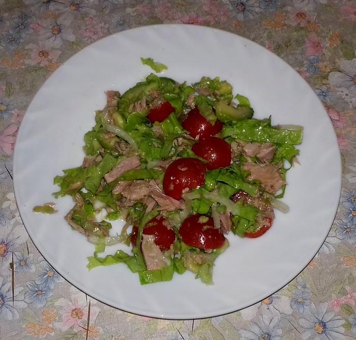 Салат из тунца с авокадо и помидорками. Рецепт, Вкусняшки, Авокадо, Тунец, Салат без майонеза, Фотография, Длиннопост
