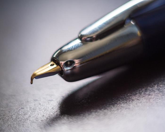 [Фотожаба] Это птица? Это самолёт? Нет, это ручка. Подборка, Фотожаба, Photoshop, Psbattle, Psbattles, Ручка, Длиннопост