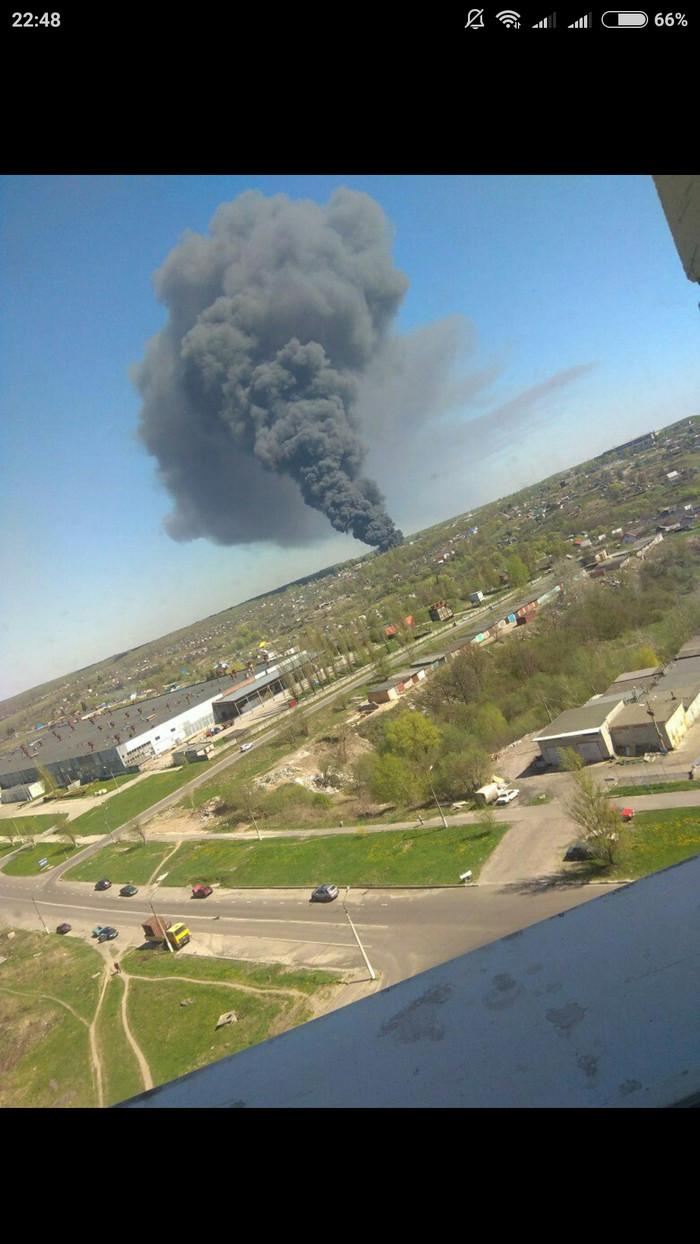 Тлеющий склад шин под Железногорском не могут потушить восьмые сутки пожар, Катастрофа, длиннопост, железногорск, негатив