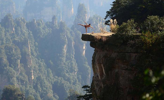 Путешествие в национальный лесной парк Чжанцзяцзе Длиннопост, Китай, Национальный парк, Мост, Серпантин