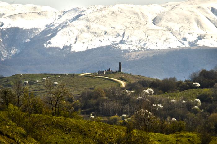 Конец апреля в горах Кавказа. Дорога в Беной. Горы Кавказа, Весна, Весна в горах, Длиннопост