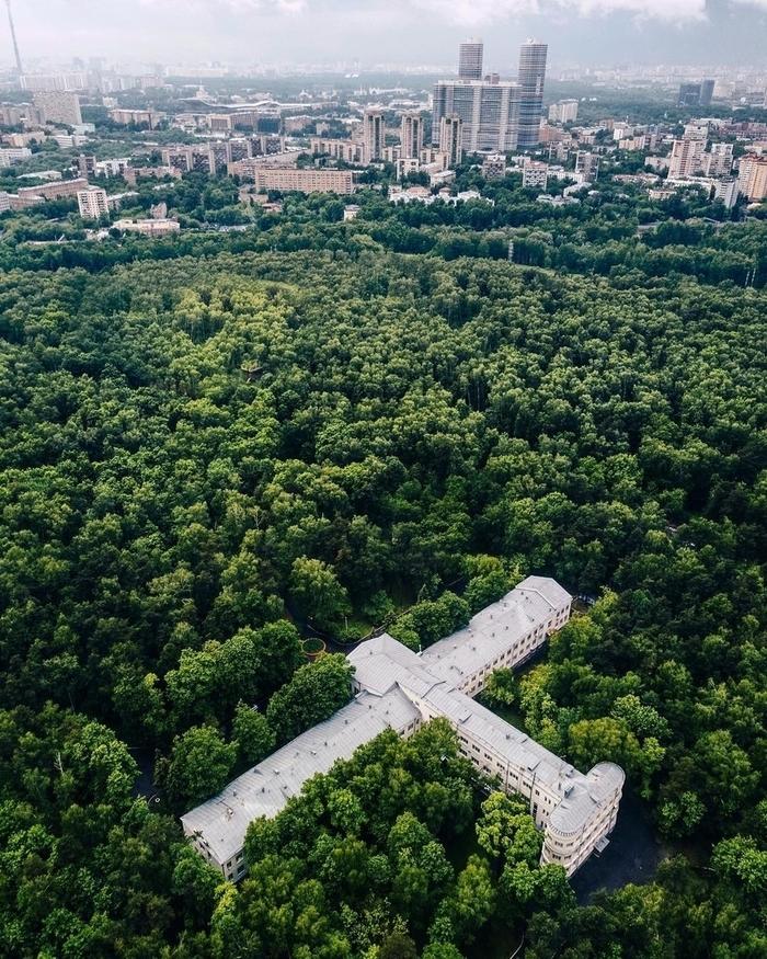 Лосиный остров москва автосалон автоломбарды в димитровграде