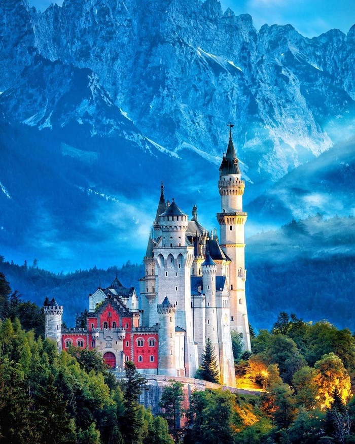 Замок Нойшванштайн, Германия фотография, instagram, Discovery Channel, Замок Нойшванштайн