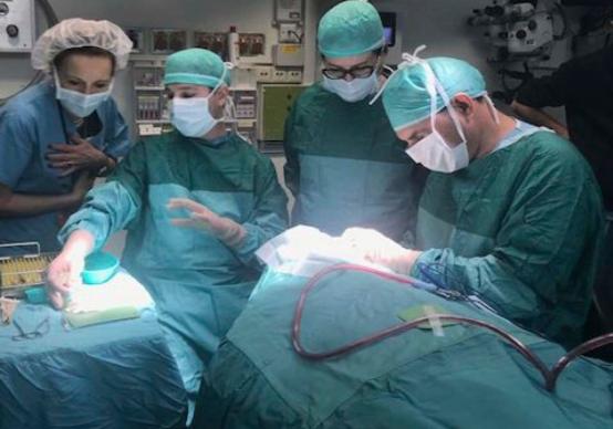 Израильские врачи восстановили зрение слепой пациентке, пересадив ...