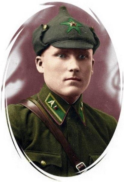 russkih-skazok-uniforma-i-okonchanie-v-rot-seks-pigmeev