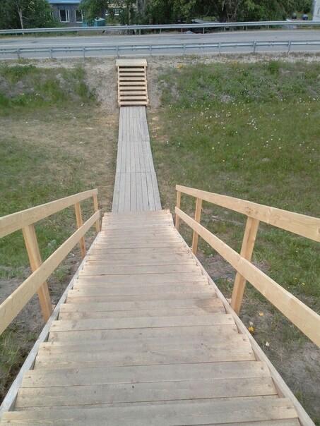 Строители... Мост, Плотник, Слабоумие