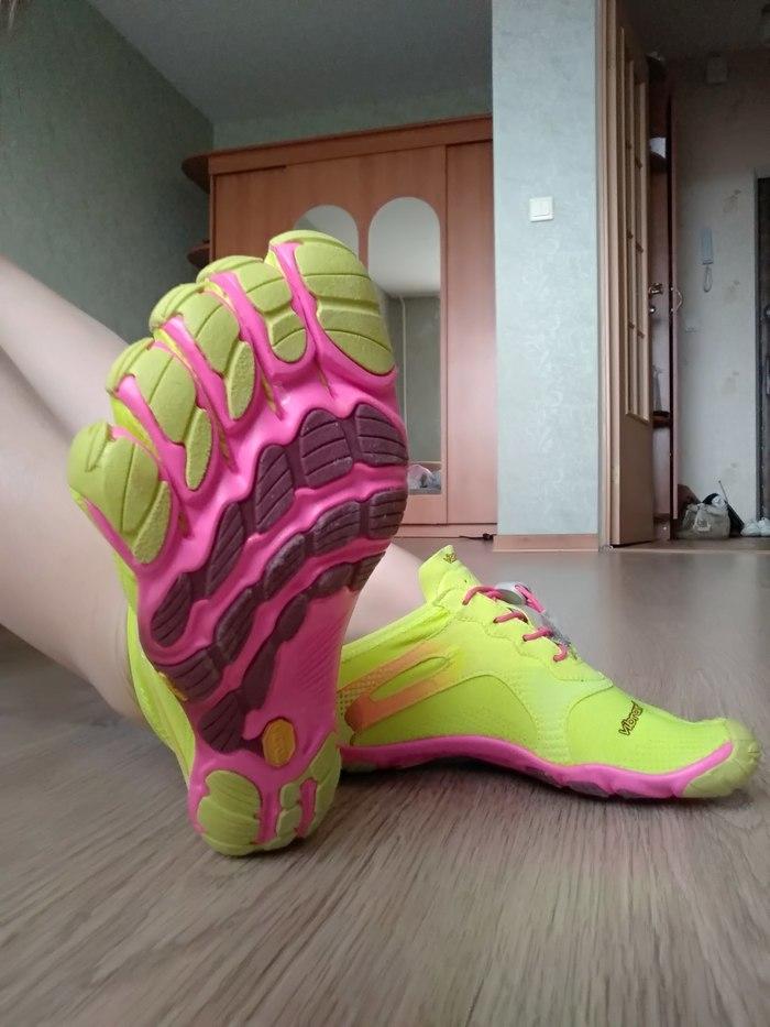 Новый спортивный тренд - кроссовки с пальцами Спорт, Кроссовки, Тренд, Тренировка, Длиннопост