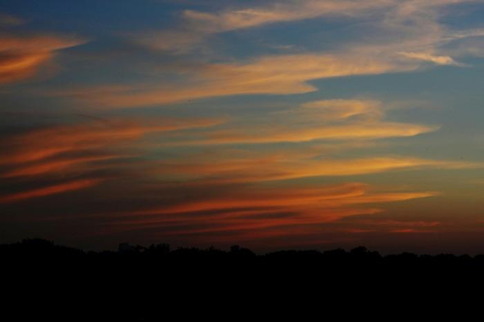 Природа - лучший художник! Природа, Облака, Луна, Canon 50D, Гелиос 44-2, Длиннопост