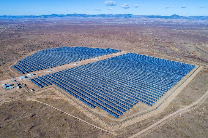 В Бурятии начали строительство второй солнечной электростанции Солнечная Электростанция, Энергетика, Альтернативная энергетика, Длиннопост