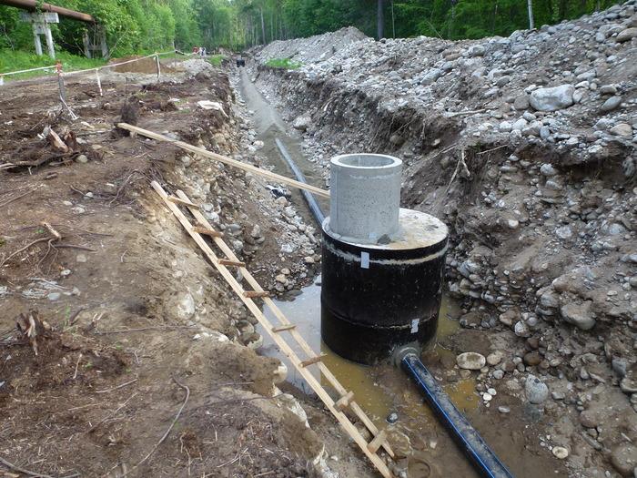 Соответствует ли нормам такая укладка труб канализации? Строительство, Вопрос, Канализация
