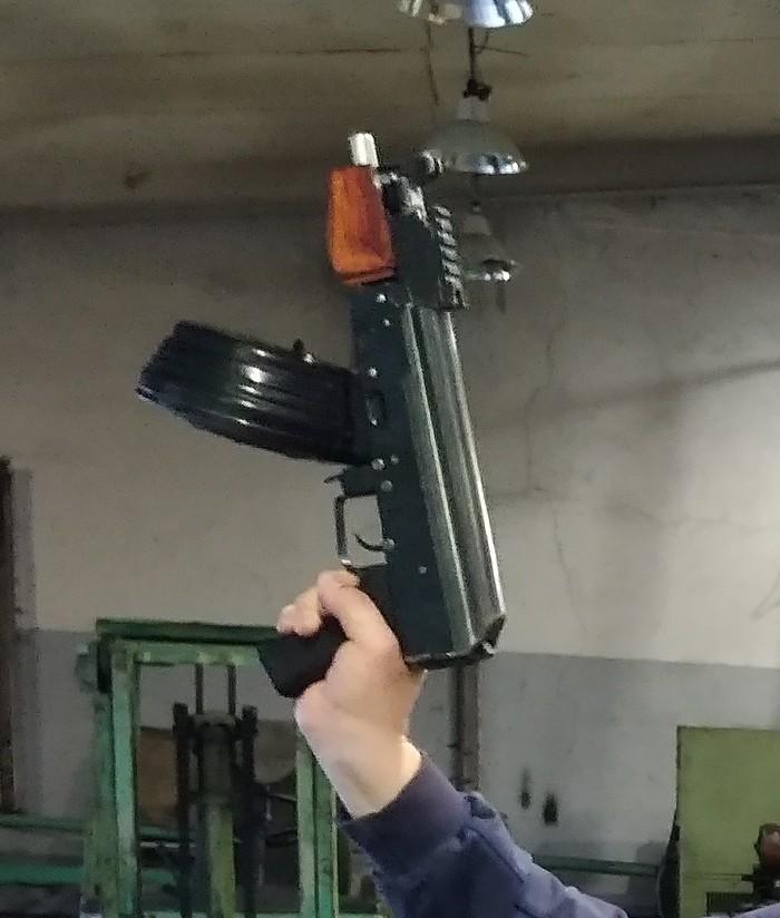 Друг сделал мини АК Автомат калашникова, Страйкбол, Оружие, Самоделки, Безумие, Покимон, Страйкбольный привод