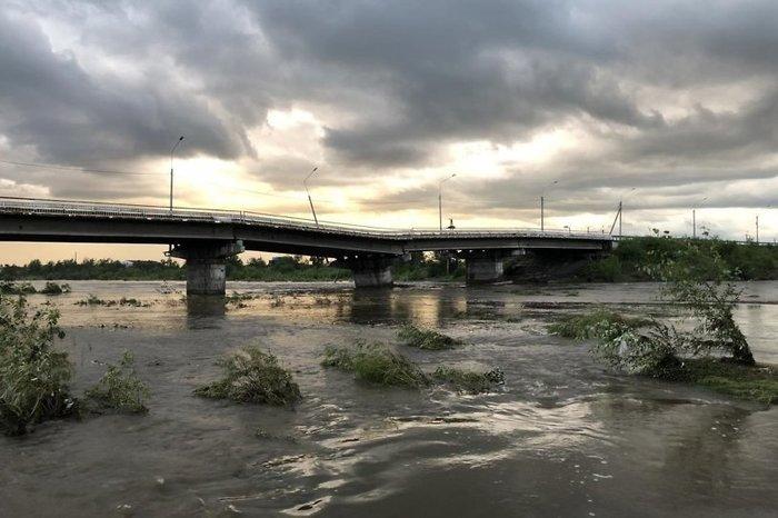 В Чите из-за наводнения рухнул мост Чита, Наводнение, Видео, Длиннопост, Мост