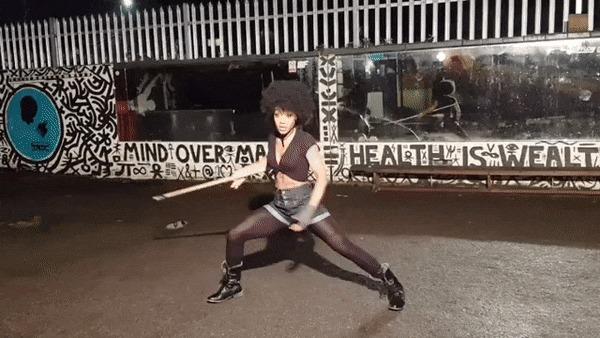 Shaina West (@thesamurider) Shaina West, Крепкая девушка, Фитоняшка, Негритянка, Спортивные девушки, Девушки, Красивая девушка, Фотография, Гифка, Длиннопост