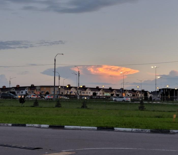 Взрывающиеся облака Облака, Взрыв, Закат