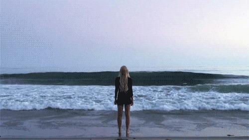 Я дурак, я вижу море. Море, История, Гифка