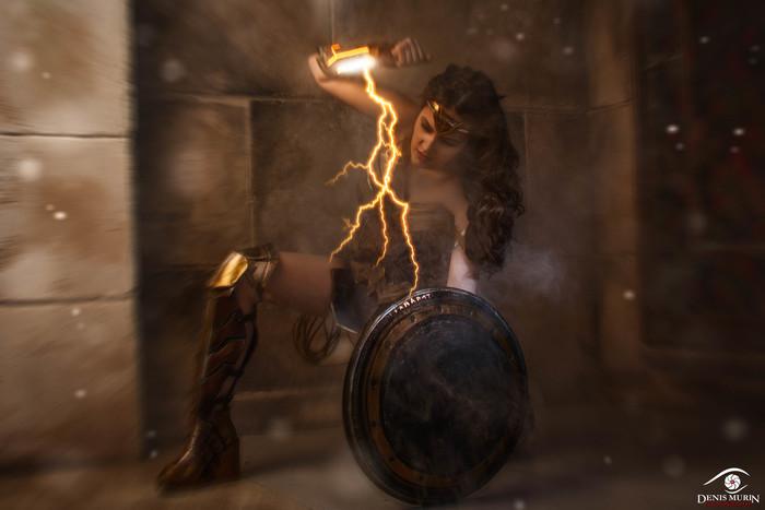Wonder Woman by @diananokhina