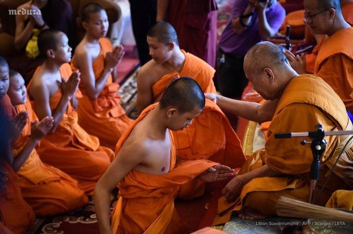 Новая жизнь для спасённых детей в Тайланде Таиланд, Дети, Спасение, Буддизм, Медуза, Буддийские монахи